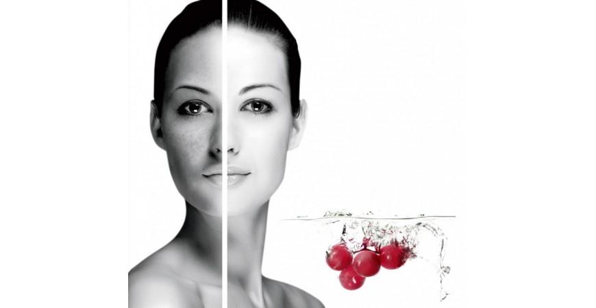 Лінія для освітлення і вирівнювання кольору обличчя від компанії Cosmotrend